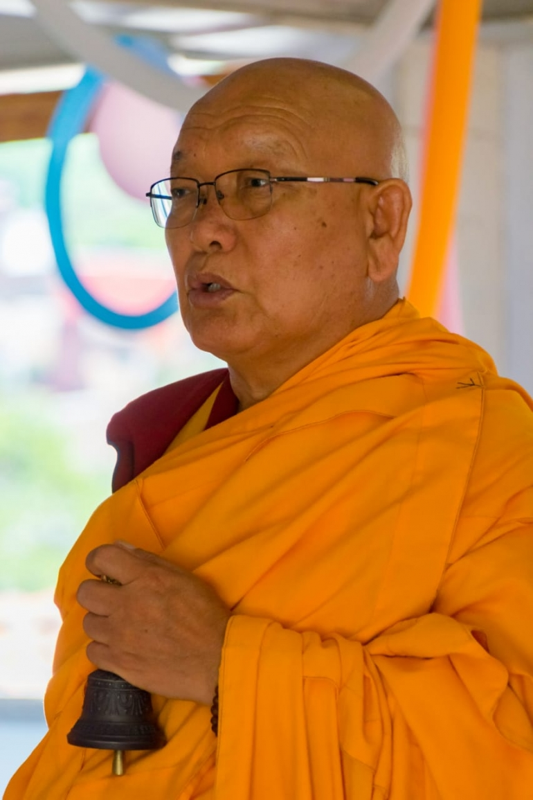 S.E. Sheling Rinpoche